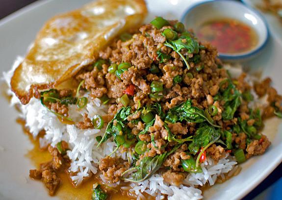 pad krapow recipe finished