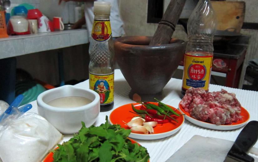 thai pad krapow recipe ingredients